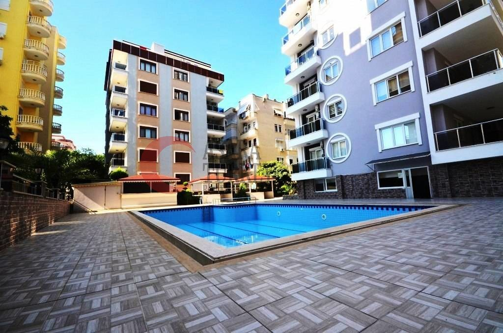 Furnished 2-room apartment for sale just 400 m from the beach in Turkey