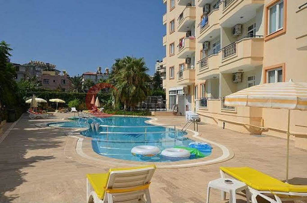 Furnished flat with pool in the centre of Alanya